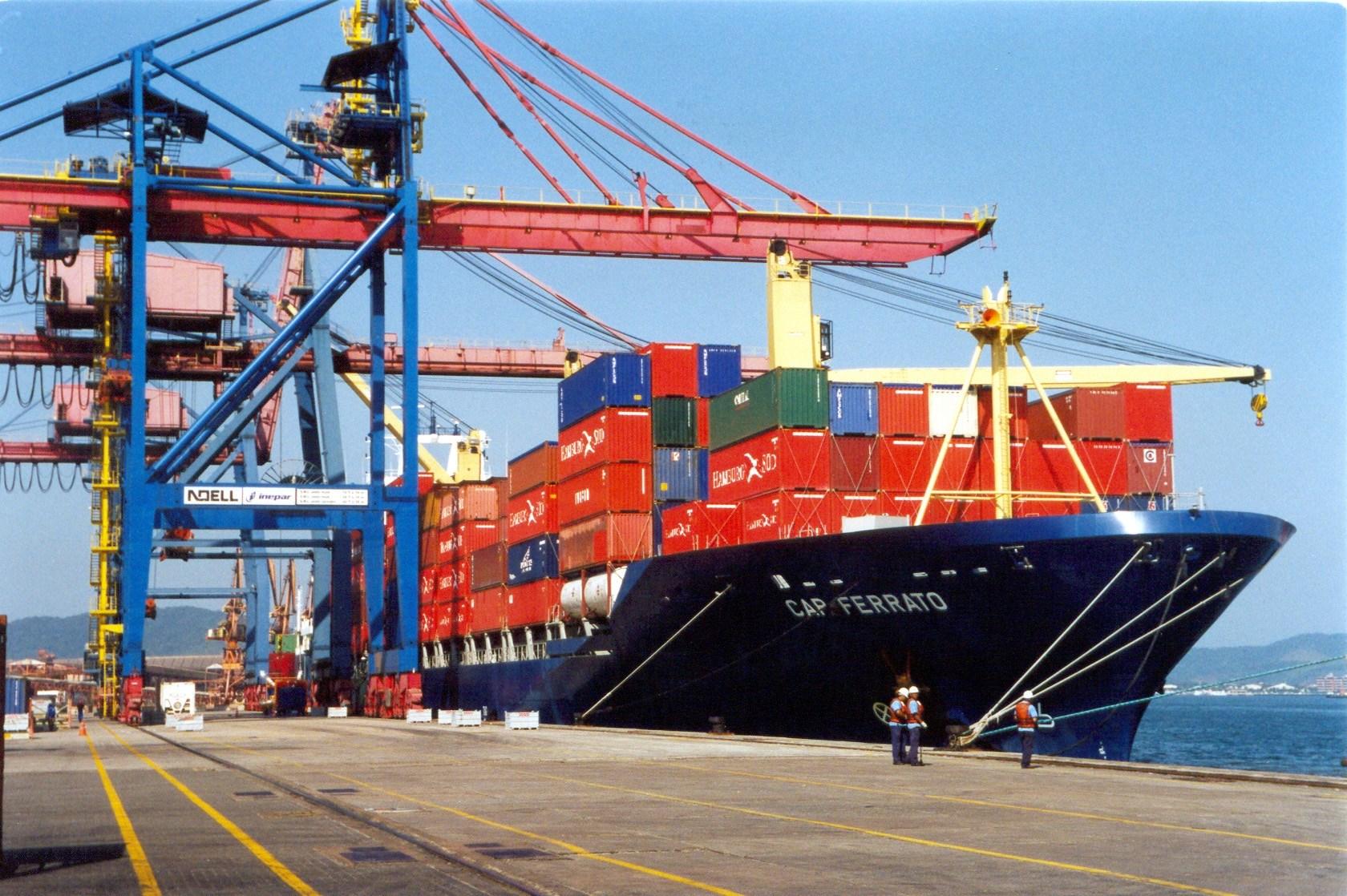custo de importacao porto santos
