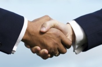 Vale a pena comprar de trading companies?